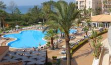 Blick auf Hotelanlage