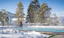 Poolbereich im Winter