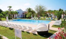 Cluburlaub im COOEE Cala Llenya Resort Ibiza