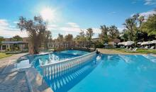 Sonnenschein am Pool