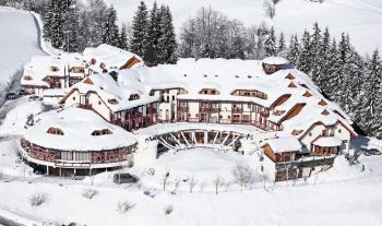 Aldiana Hochönig im Winter von oben