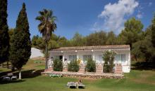 Wohnbereich mit Gartenanlage