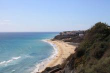 Ausblick auf das Meer und den Strand