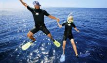 ins Wasser springen
