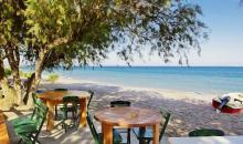 Tische direkt am Strand