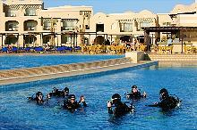 Schnuppertauchen im Pool