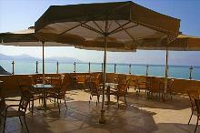 Terrasse von der Indoor Bar