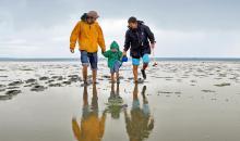 Familie spazieren