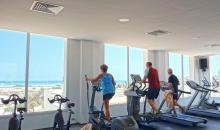 Fitness mit Blick aufs Meer