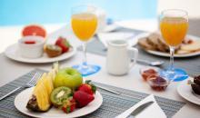 Erfrischende Obst und Säfte