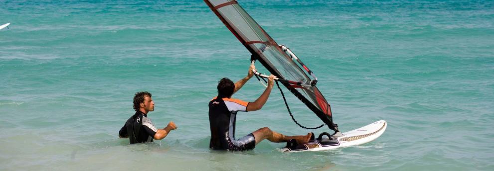 Surfen Esquinzo Playa