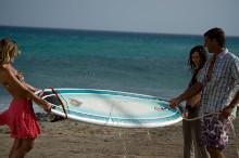 Surfboard wird gereinigt