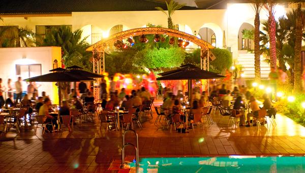 Singles im Playa Granada