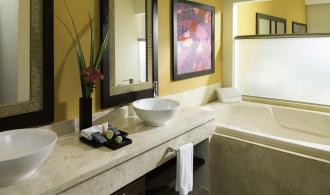 Premium Jacuzzi Junior Suite Ocean View
