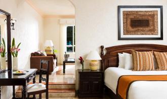 Luxury Jacuzzi Junior Suite