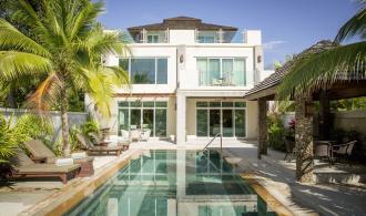 Deluxce Pool Villa